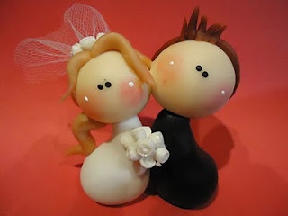 Groom and bride wedding cake topper. Cute!!!