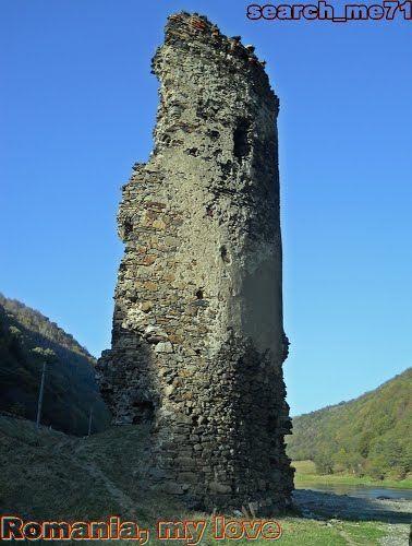 Turnul Sfărâmat, Valea Oltului, judeţul Sibiu, România 2 - The Broken Tower, Olt Valley, Sibiu county, Romania 2
