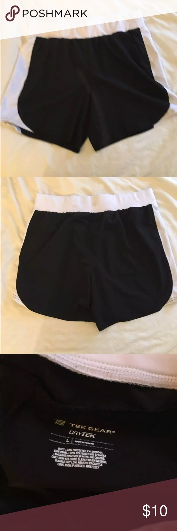 Women's Workout Shorts Large Black and white Tek Gear Women's shorts. Only worn a handful of times, in like new condition! Check out the other shorts I have listed, I do bundle deals! tek gear Shorts