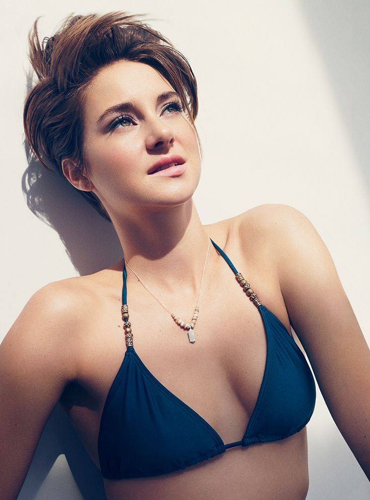 Shailene Woodley  -  Seriously?! Every time I see her I am so temped to cut all my hair off; she is flawless - 23:09 20/08/2015... ¿es una epidemia el gusto por esta foto...?