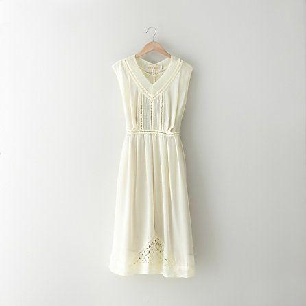 Lauren MoffattWedding Dressses, Lauren Moffatt, Wuthering Heights, Woman Dresses, Heights Dresses, White Summer Dresses, Day Dresses, White Lace, Little White Dresses