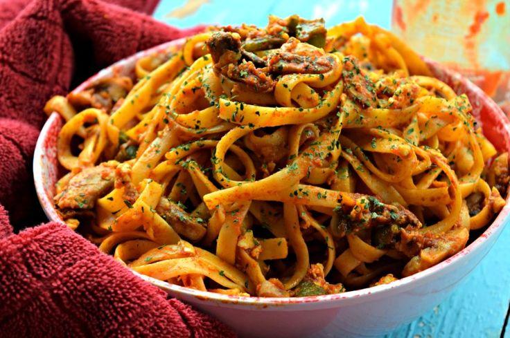 One Pot Spicy Thai Noodles%