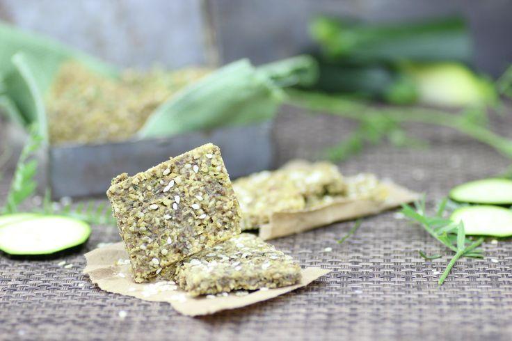 The Rawtarian: Raw cracker recipe - Buttery walnut zucchini crackers