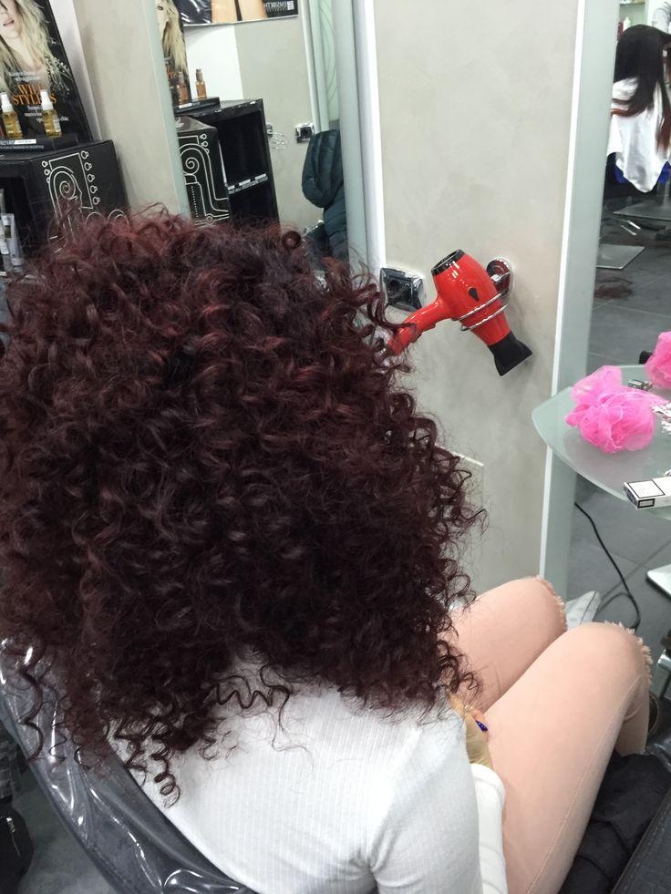 #riccioafro #afro#riccio #dalcolorechehaialcolorechevuoi #hairgirl #hairmodel #haircut #curl #haircurl #danilo #womenstyle #cut #girl