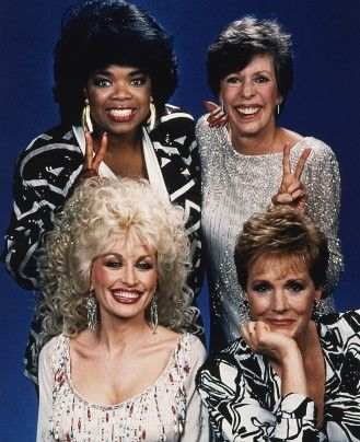 Julie Andrews with Dolly Parton, Carol Burnett and Oprah Winfrey in 1987.