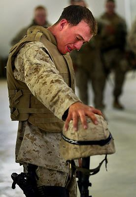 american soldiers crying - photo #32