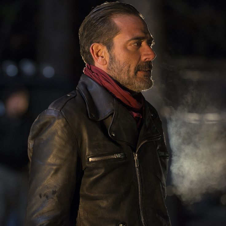 "Every Frame of Negan's Twisted ""Eeny Meeny Miny Moe"" Game on The Walking Dead"