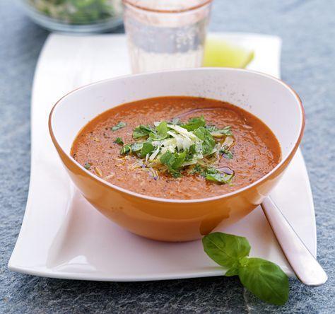 162 kcal/portion. Smakfull soppa som blir ännu godare efter någon dag. Från Ulrika Davidssons bok om 5:2.
