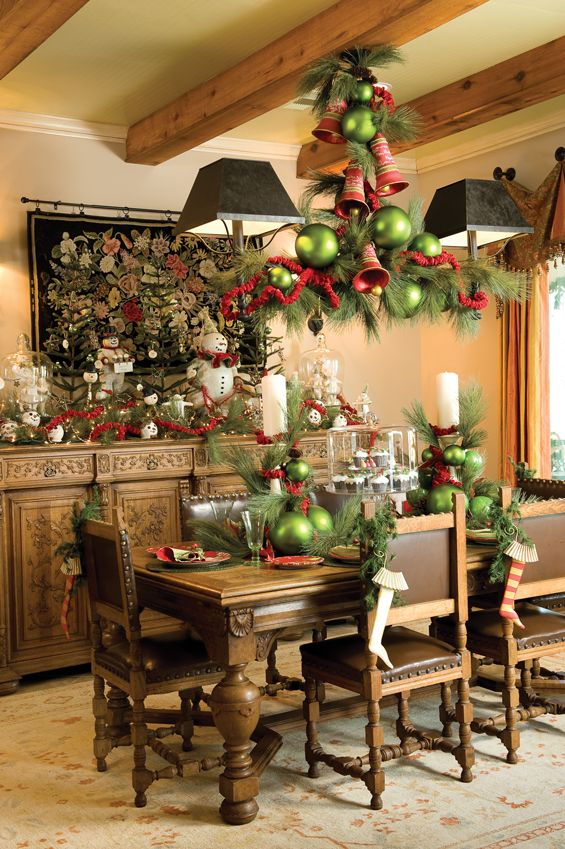 holiday Table ❤❦♪♫Dining Rooms, Christmas Time, Decor Ideas, Lights Fixtures, Prim Christmas, Christmas Tables, Christmas Decor, Holiday Decor, Holiday Tables