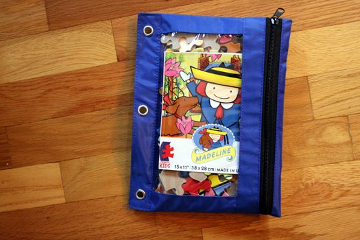 Use zippered pouches for storing puzzles with banged-up boxes (I got mine at the dollar store). Just one of many ideas for organizing kids' stuff on Project Simplify!: Puzzles Pieces, Dollar Stores, Organizations Ideas, Pencil Pouch, Kids Stuff, Puzzles Storage, Pencil Cases, Boxes Tops, Zippers Pouch