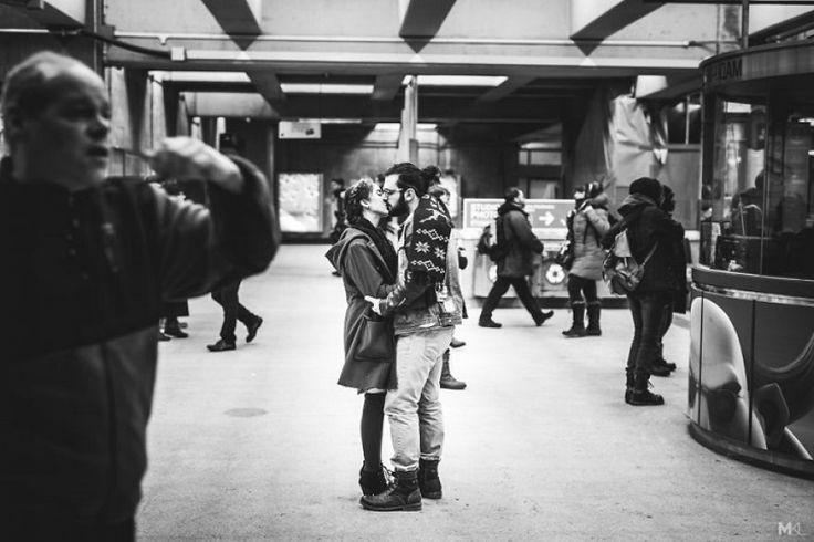 19 φωτογραφίες ζευγαριών που ζουν τον έρωτά τους δημοσίως