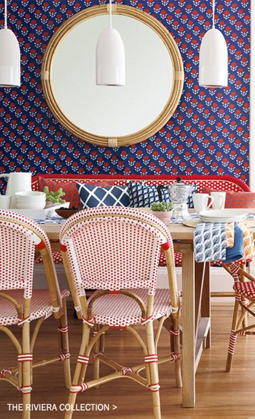 Wish I had a breakfast nook because I absolutely love these colors and patterns.