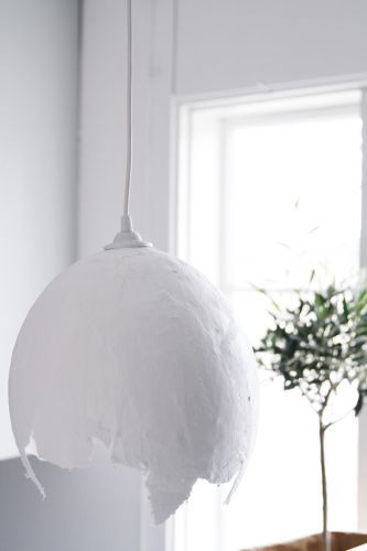 Lampara de globo y yeso diy pinterest for Lampara globo ikea