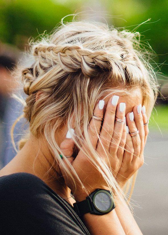 DE 4 MAKKELIJKSTE HAARSTIJLEN VOOR LUIE ZOMERDAGEN ● Heb jij lang haar en een bad hair day?  Maak je geen zorgen!  Met deze 4 makkelijke haarstijlen heb je je haar in no time weer 'in model'... Lees meer >> https://hallosunny.blogspot.nl/2016/07/4-makkelijke-haarstijlen.html