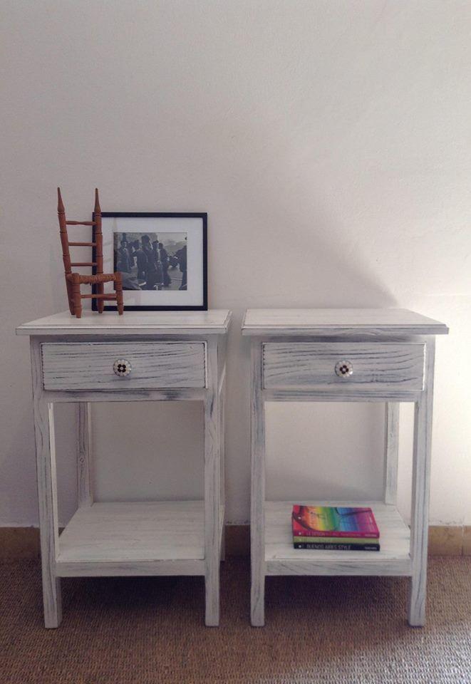 Mesas de luz nuevas patinadas. labrocantedeco.com