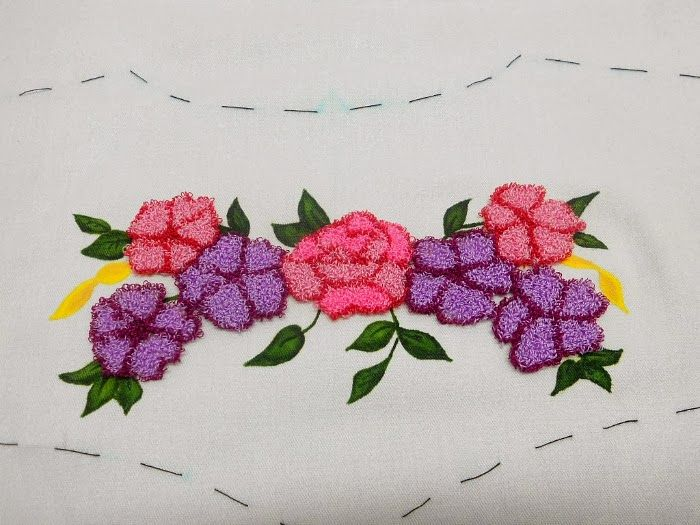 Sewingadicta: Punch Needle, (Bordado Ruso)... New project on my sewing table.