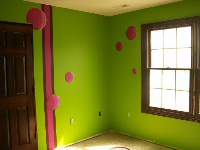 lime green walls | Lime green walls, Living room green ...