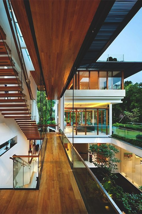 Tropical modern house design in Singapore: Dalvey Road House