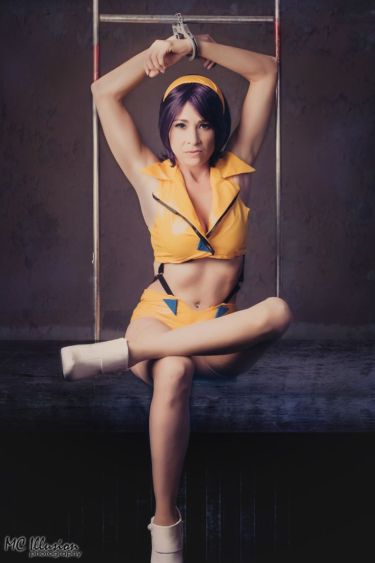 Faye Valentine - Faye Valentine from the anime series Cowboy Bebop.  Cosplayer Princess Lymari  MC Illusion Photography
