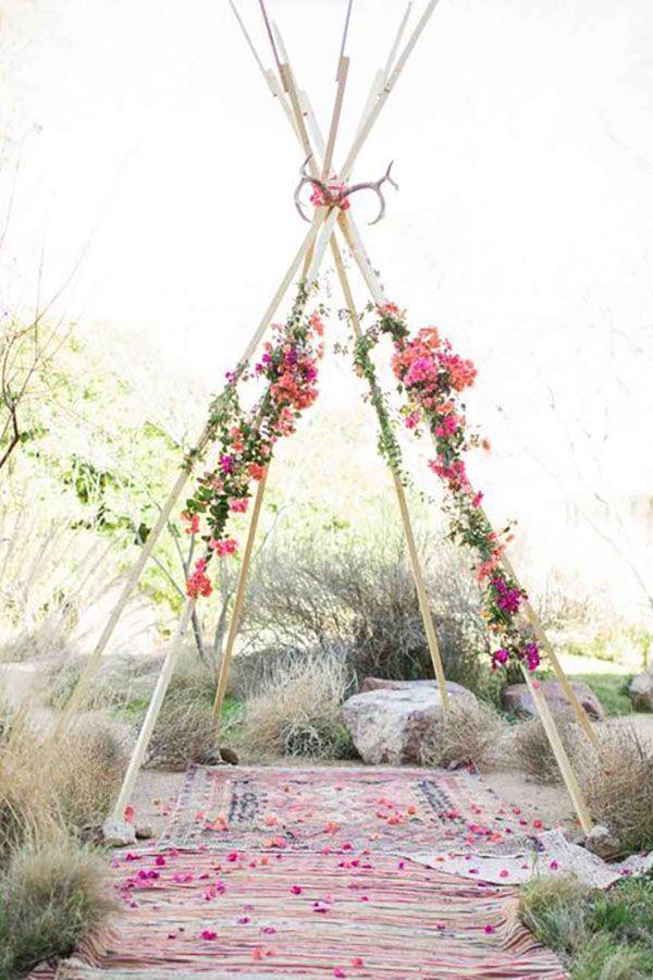 Lilas Wood fleuriste mariage à lyon en Rhône alpes - Inspiration Pinterest - Arche fleurie mariage tipi