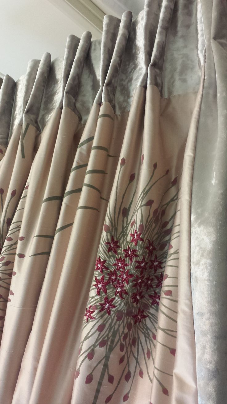 Silk curtains with top and side boarders