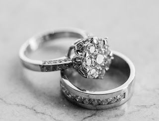 صور خطوبة 2021 تهنئة الف مبروك الخطوبة Beautiful Wedding Rings Diamonds Womens Engagement Rings Diamond Wedding Rings