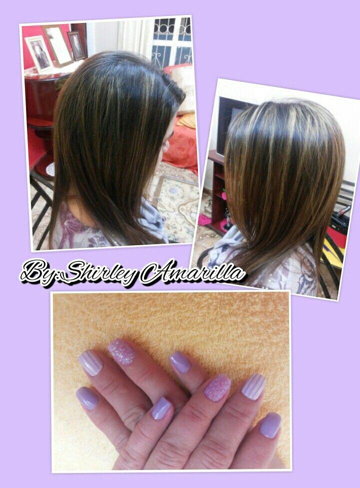 Planchita,y en las unhas un color delicado con purpurinas del mismo tono y disenhos a rayas.