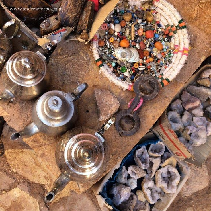 Items for sale at Ait-Ben-Haddou-Kasbah, Morocco www.andrewforbes.com www.andaluciadiary.com #luxestyletravel #luxurytravelpursuits
