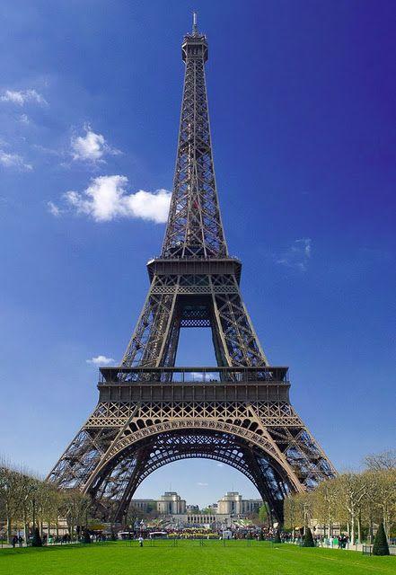 TOP WORLD TRAVEL DESTINATIONS: Paris, France