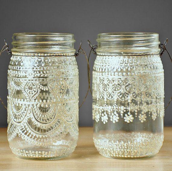 Coppia di Boemia Decor appendere lanterne Mason Jar, disegni di pizzo Vintage in bianco perla - il vetro cristallino