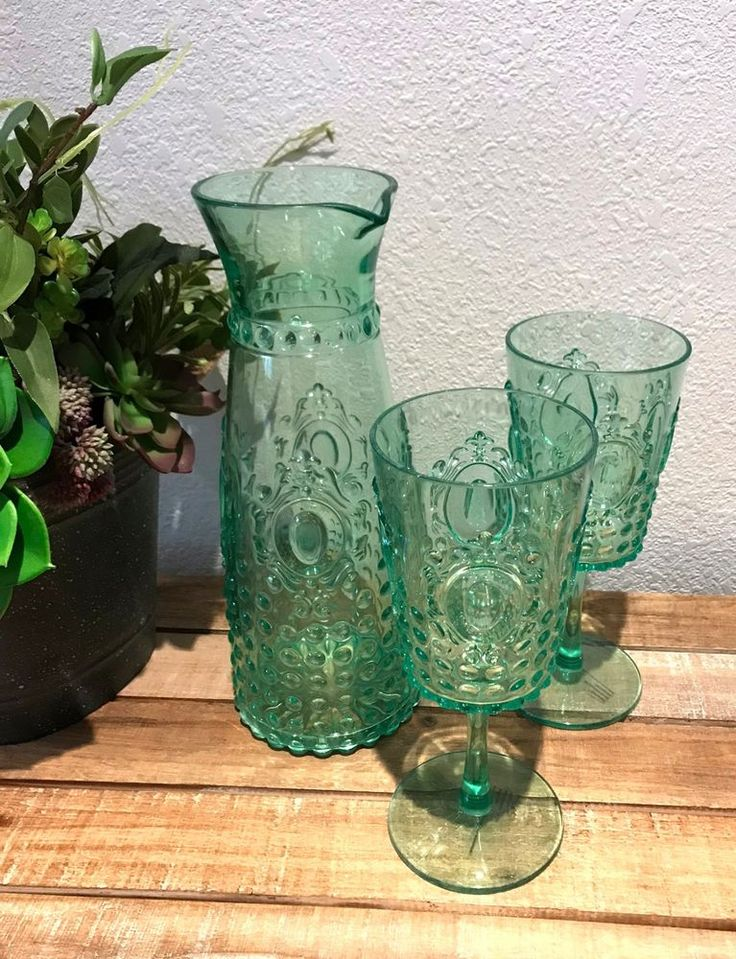 NEW Pitcher 2 glasses Green glass look HOBNAIL Acrylic plastic carafe Set retro #Unbranded