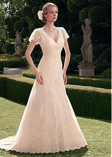 Elegant Lace & Tulle V-neck Neckline A-line Wedding Dress With lace Appliques