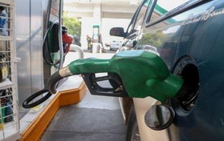 Desde hoy el litro de gasolina cuesta 50 centavos más | El Puntero