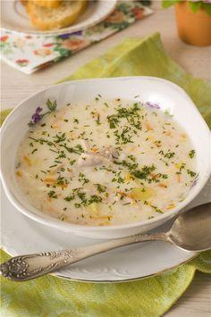 Этот суп один из любимых у моего мужа. Суп получается сытным и со сливочно-сырным вкусом. Порция из этого кол-ва ингредиентов получается большая, кастрюля на 4 литра, так что, если это много для Вас, можете смело уменьшить в два раза. Но, советую оставить всё так, как есть...так как Ваши домашние…