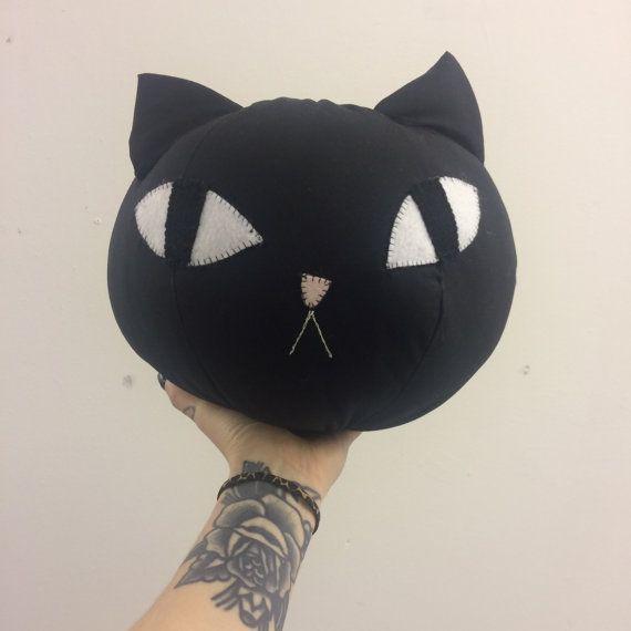 Round Cat Pillow 1 by jennaleealldread on Etsy