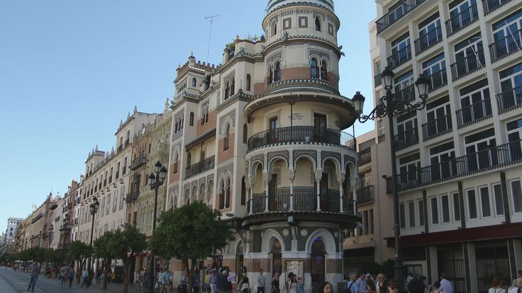 Seville, City Walk in the Center and Old Town - Spain 4K Travel Channel