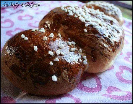 Cougnou/cougnolle - la vraie recette belge! (Christmas sweet bread) - Recipe in French