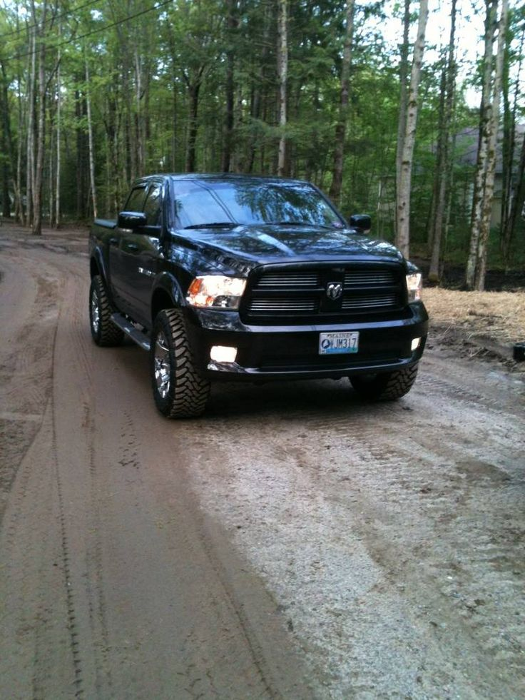 Lifted 2011 RAM 1500