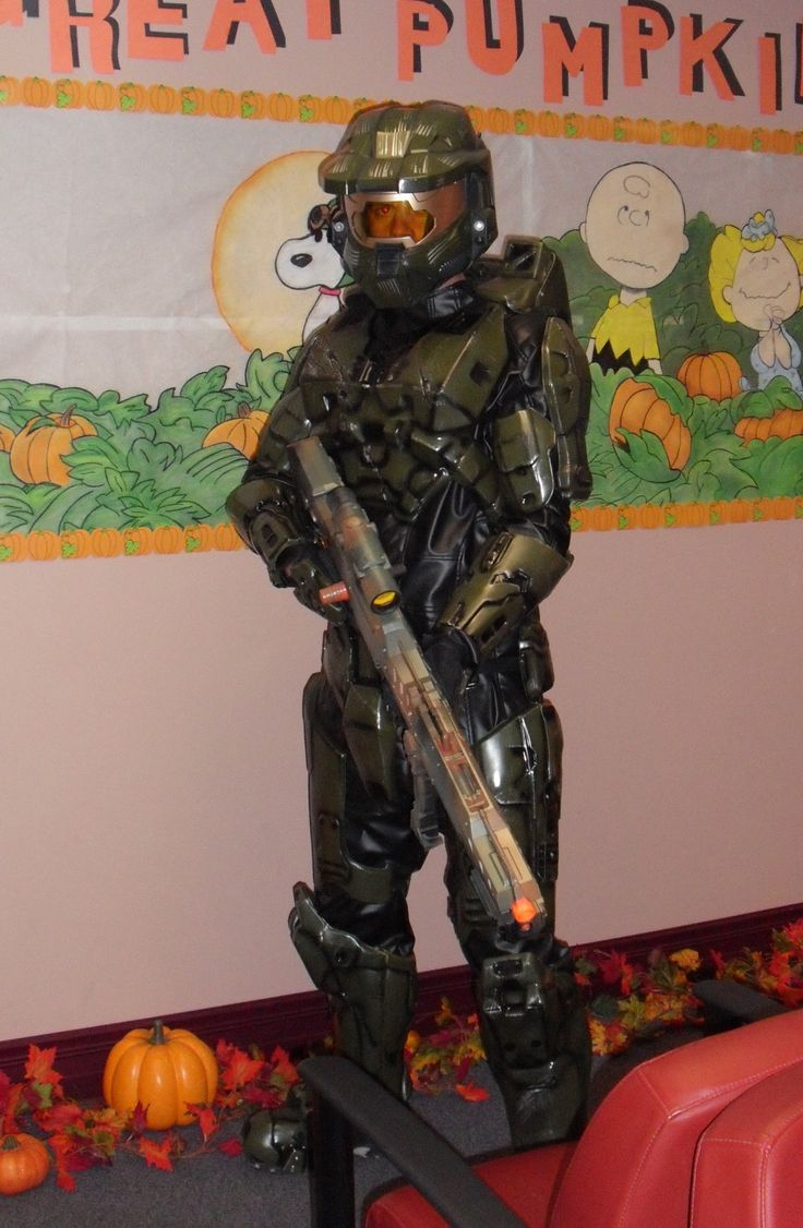 this time i painted a nerf gun w camo spray paint from walmart n it fits in quite nicely w the halo suit