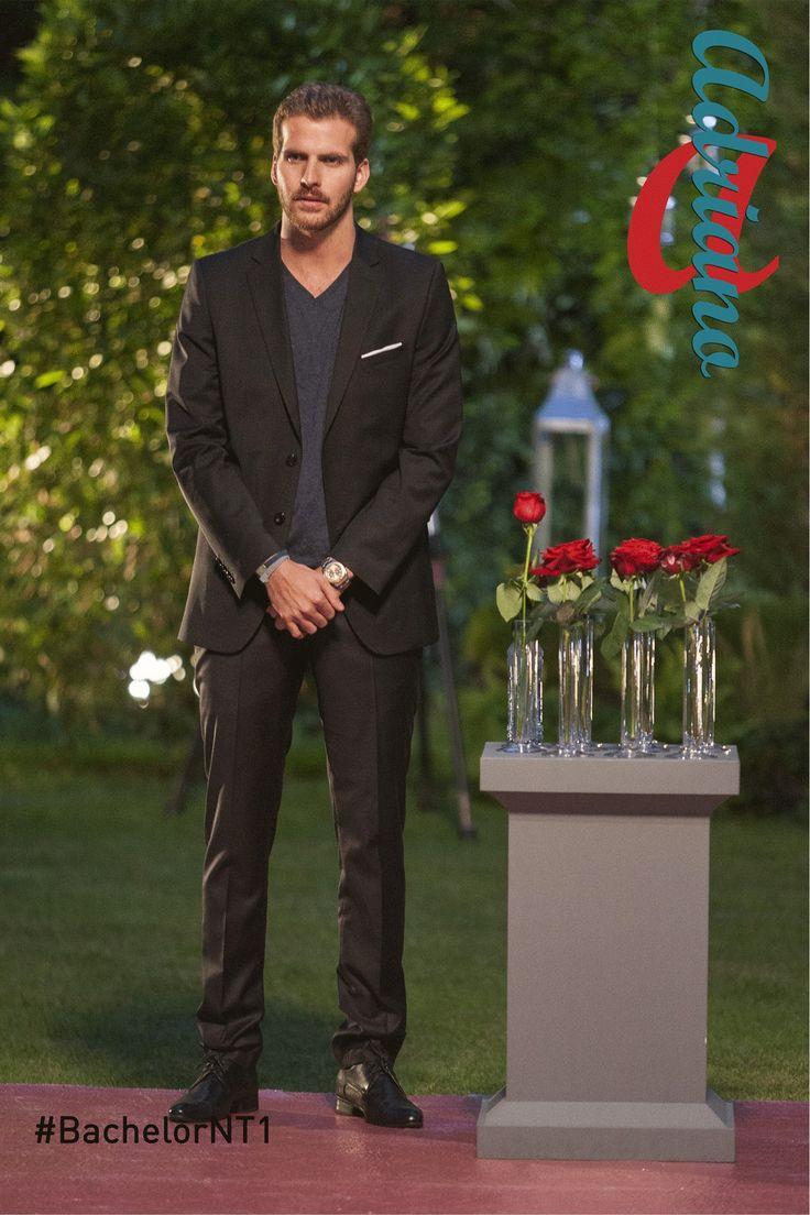 Adriano, 1ère cérémonie  #costume #rose
