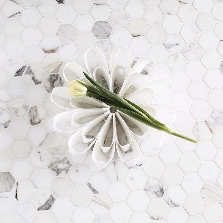 Small white Petals fruit bowl - be&liv