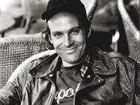 Dwight Schultz behind the scenes of Mexican Slayride