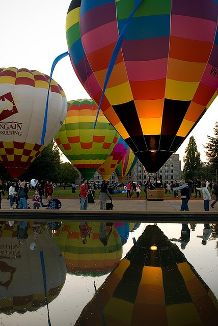 Ride in a hot air balloon. Share experience with someone. Romantic or just loads of fun preferably both