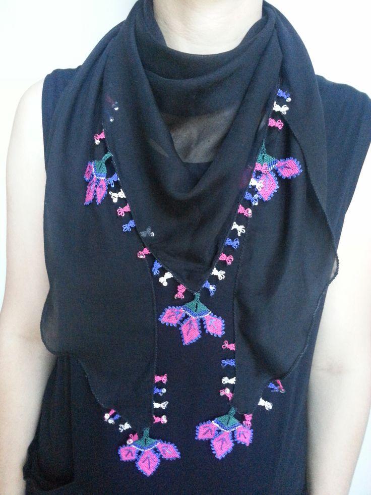 Scarf,needlelace black cotton triangele shape.. www.etsy.com/shop/ crafteller