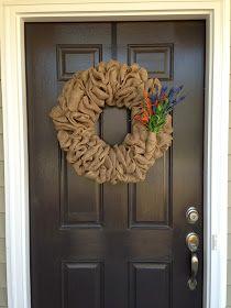 Little Lovely Leaders: Burlap Wreath!!