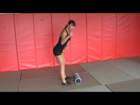 Proper form- Dumbbell Stiff-Leg Deadlifts with an Upright Row - YouTube