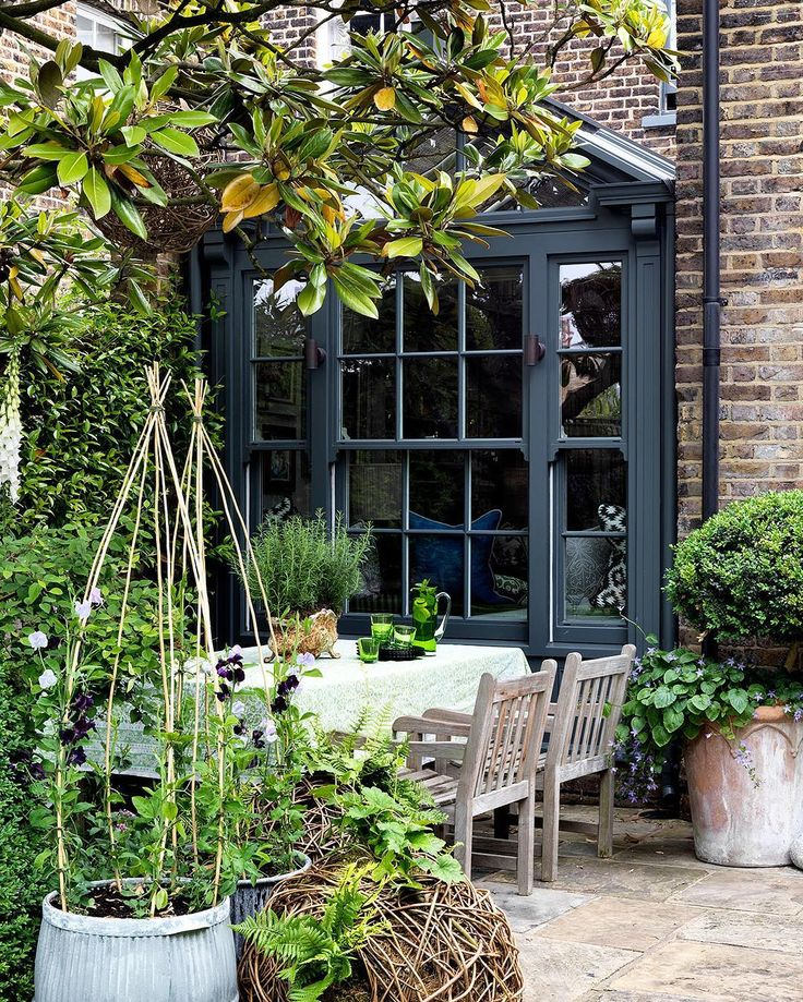House & Garden (@houseandgardenuk) в Instagram: «Good morning from @thelistbyhouseandgarden. It's takeover Wednesday and today we are focusing on…»