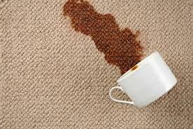 Vlekken op een tapijt, 5 handige tips om met huishoudelijke middelen schoon te maken! #vlekken #tapijten #reinigen
