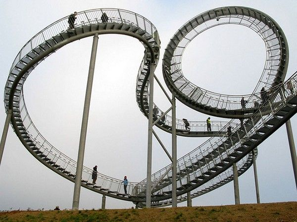 unusual staircase Crouching Tiger and Turtle, Magic Mountain , which appeared recently in the German city of Duisburg.