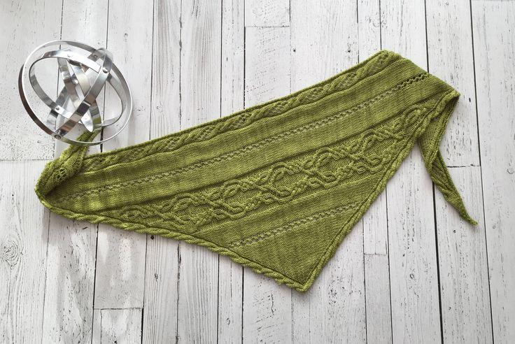 Gaelic, châle à torsades, tricoté à la main dans une laine artisanale de haute qualité, mérinos, chaud et doux, pour femme